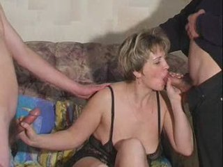 Blowjob Mature Mom Old And Young Russian Threesome