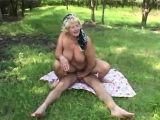 Big Tits Glasses Mom Natural Old And Young Outdoor Riding