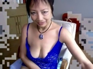 Asian Mature Mom  Webcam