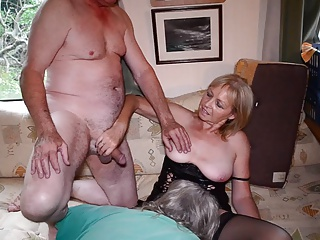 Amateur Cuckold Homemade Mature Older Threesome Wife