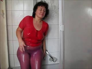 Fetish Mature Showers