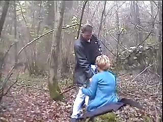 Amateur Blowjob Clothed European French Outdoor Vintage