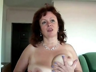 Amateur Big Tits Homemade Mom Natural