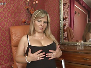 Big Tits Chubby Mature Wife