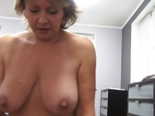 Amateur Big Tits European Mom Natural Pov