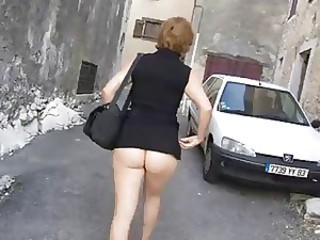 Ass Mom Outdoor Public
