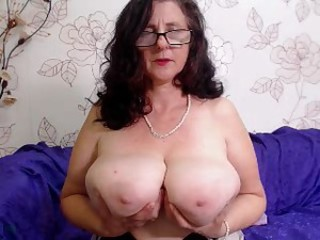 Big Tits Chubby Glasses Mom Natural  Solo Webcam