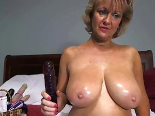 Big Tits Dildo Mature Mom Natural  Solo Toy Webcam