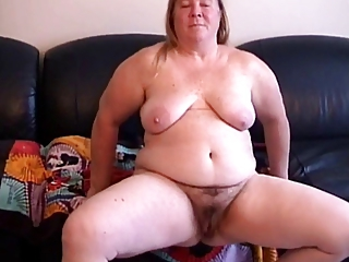 Amateur Chubby Hairy Homemade