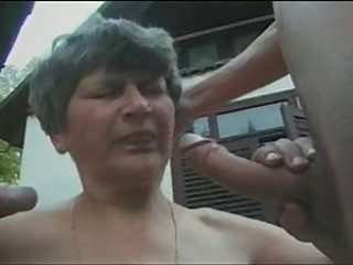 Big Cock Blowjob Farm Mom Old And Young Outdoor Threesome