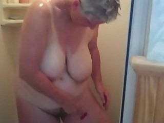 Amateur Big Tits Homemade Mom Natural  Showers