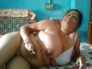 Amateur Big Tits Chubby Homemade Indian Natural  Wife