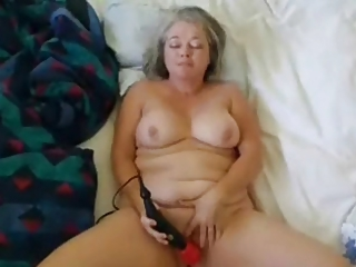 Amateur Chubby Homemade Masturbating Mature Solo Toy
