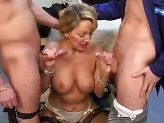 Blowjob European French Mom Old And Young Threesome