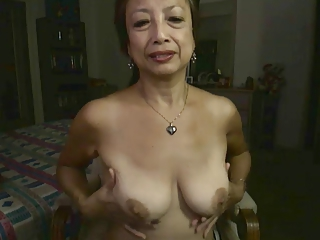 Asian Mom  Solo Webcam