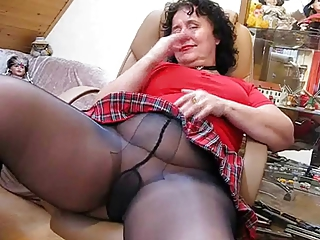 Amateur Brunette Chubby Masturbating Pantyhose Solo Stripper