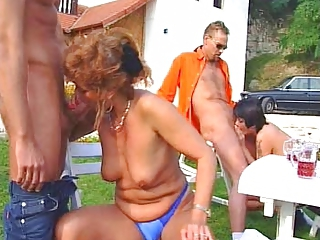 Blowjob Farm Groupsex Old And Young Outdoor