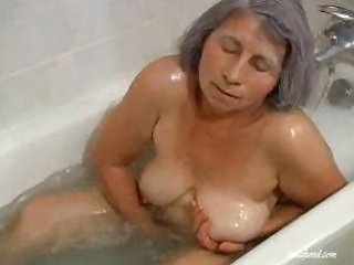 Amateur Bathroom Masturbating  Solo