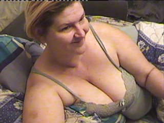 Chubby Mom Natural Solo Webcam