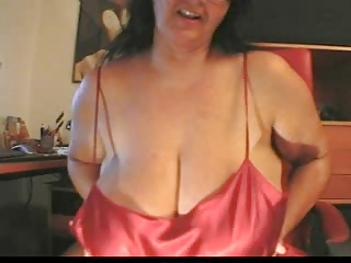 Big Tits Chubby Mom Natural Solo Webcam