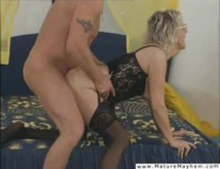 Anal Doggystyle Hardcore Lingerie Mom Old And Young Stockings