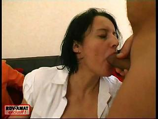 Blowjob Brunette Threesome