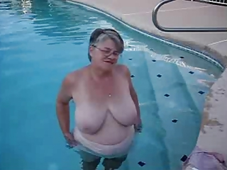 Amateur Big Tits Glasses Natural Outdoor Pool
