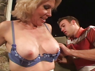Lingerie Mature Mom Old And Young Pornstar