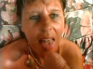 Cumshot Mom Swallow