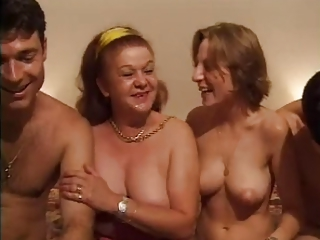 European Family French Groupsex Mom Old And Young