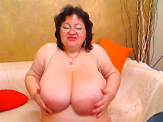 Big Tits Chubby Glasses Natural Solo Webcam