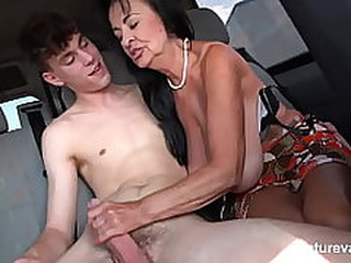 Videos from olderwomentube.com