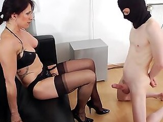 Videos from grannyfreeporno.com