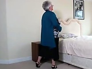 Videos from grannyporns.com