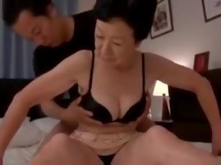 Videos from freeporngranny.com