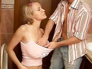 Videos from grannygetfucked.com