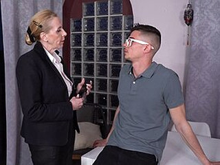 Videos from grannysexclub.com